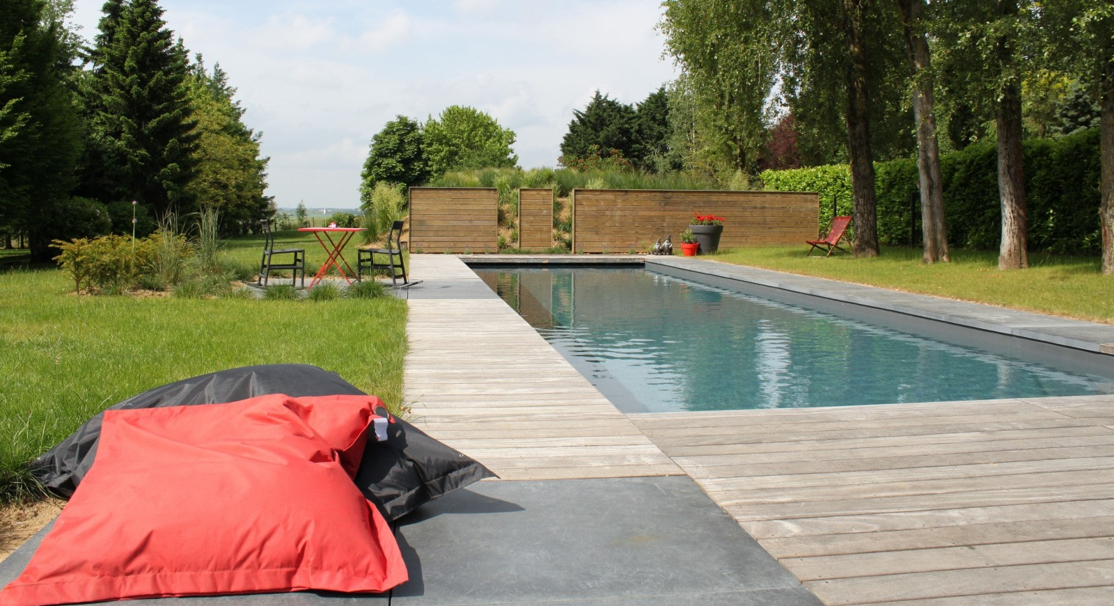 Am nagement abords de piscines et spas home ext rieur for Abords de piscine
