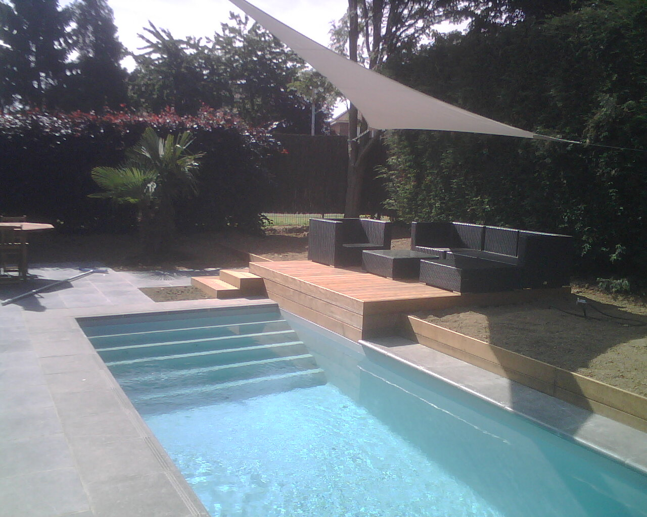 Abords de piscine lesquin 59 nord home ext rieur for Home piscine
