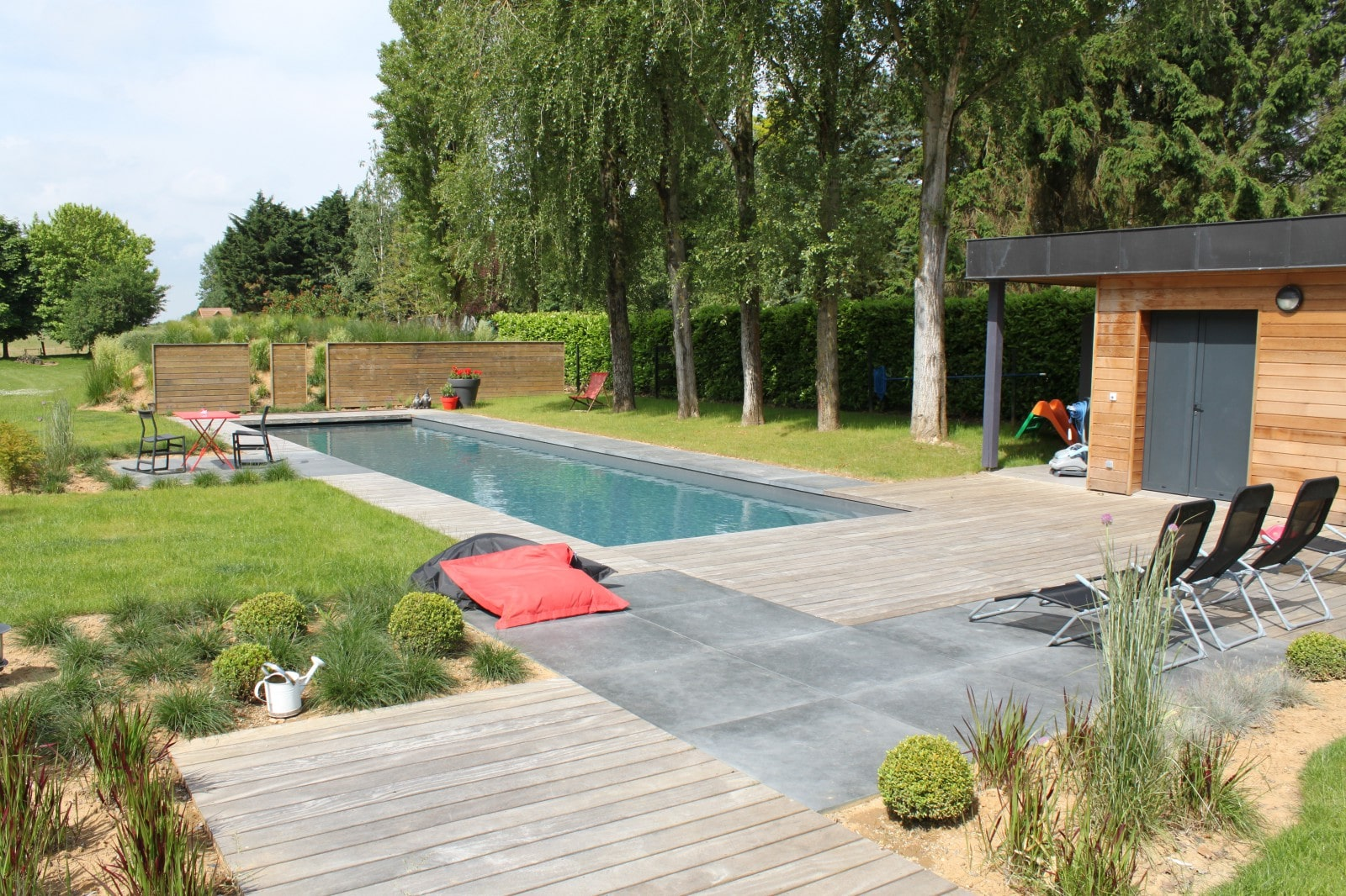 Paysagiste cr ation de terrasse piscine arras 62 pas for Piscine jardin arras