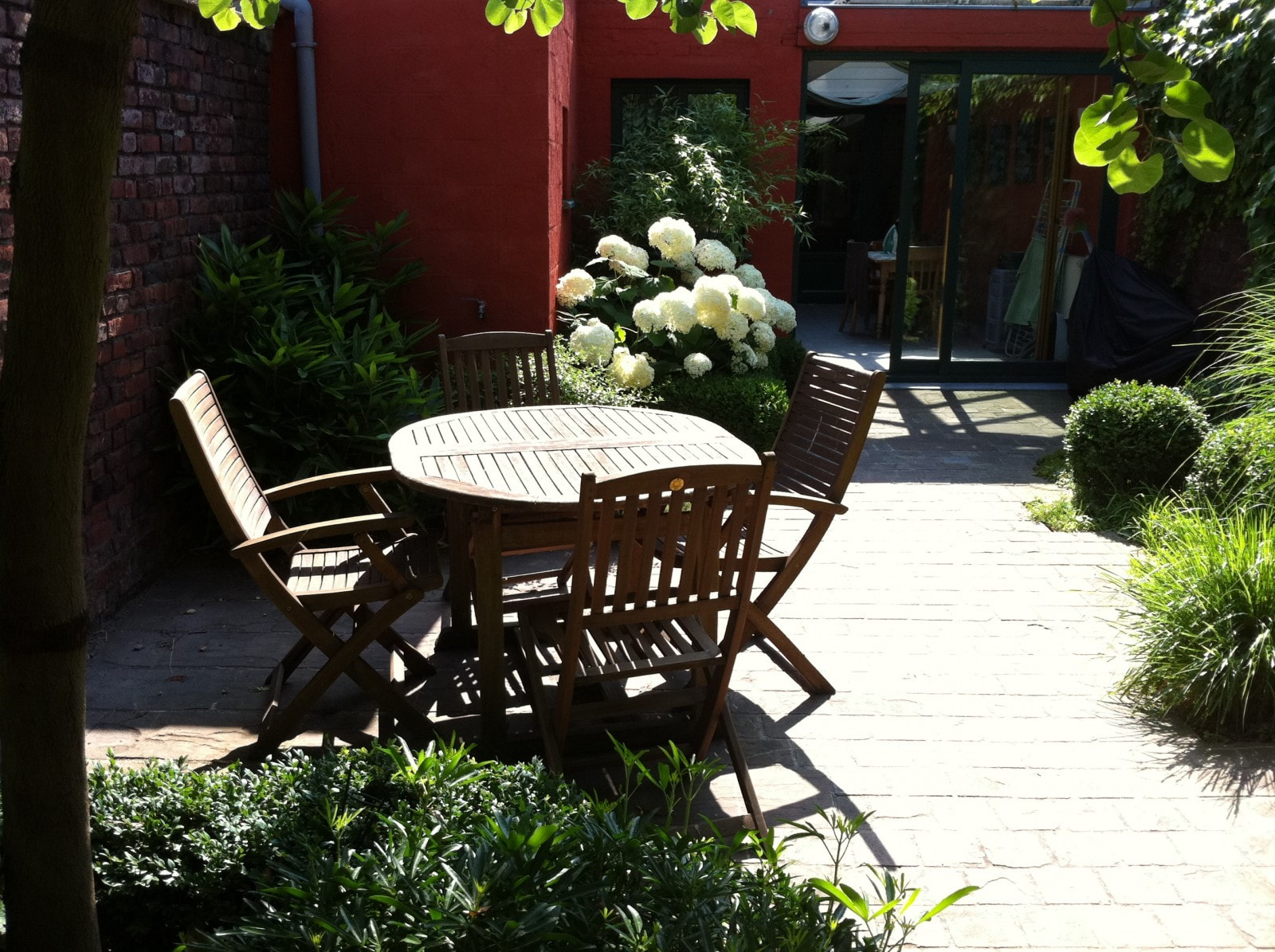Terrasse gr s rouge tourcoing 59 nord home ext rieur - Piscine creusee contemporaine tourcoing ...