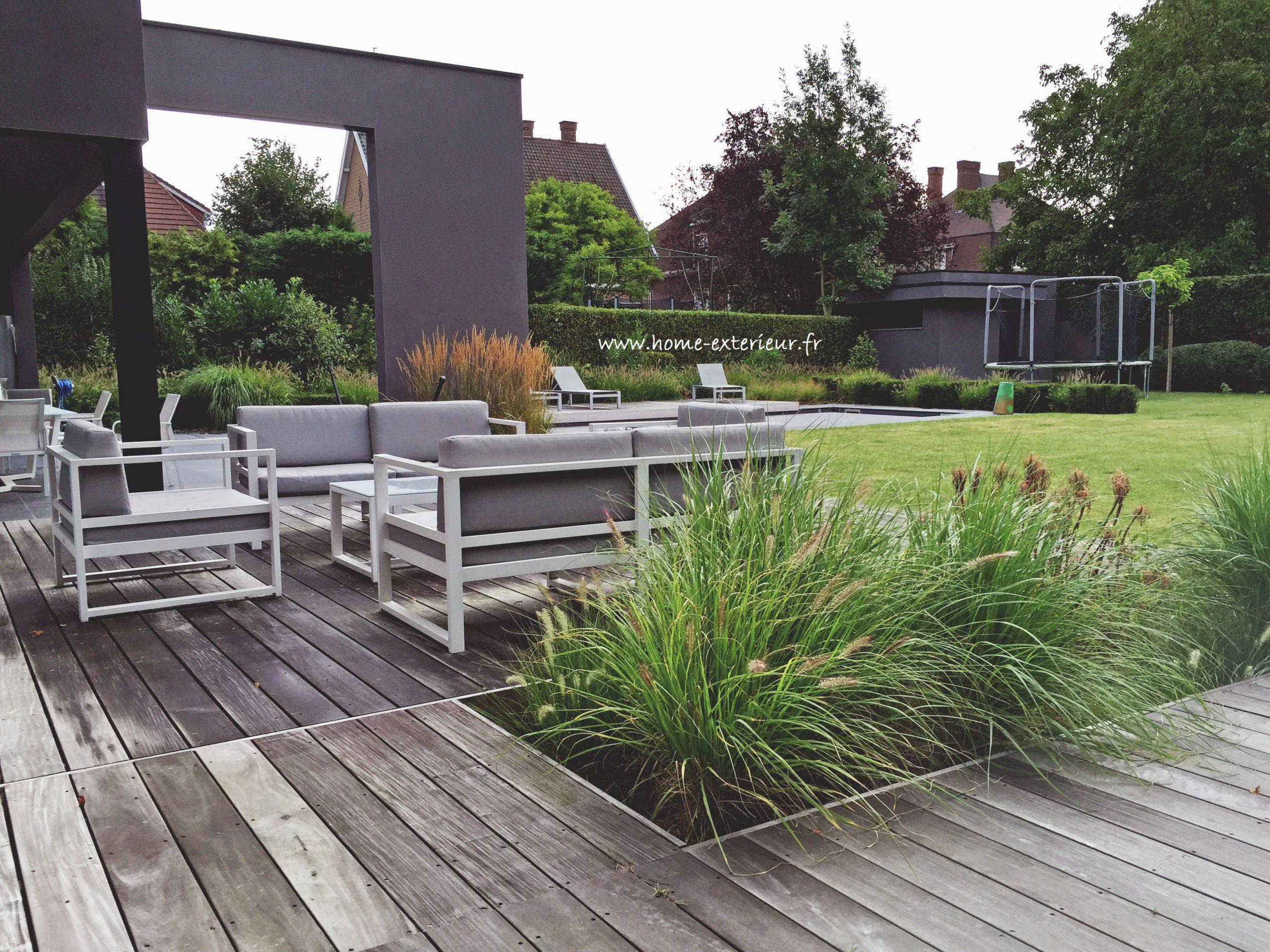 Massif Galet Blanc Et Ardoise aménagement d'extérieur ambiance contemporaine   home extérieur