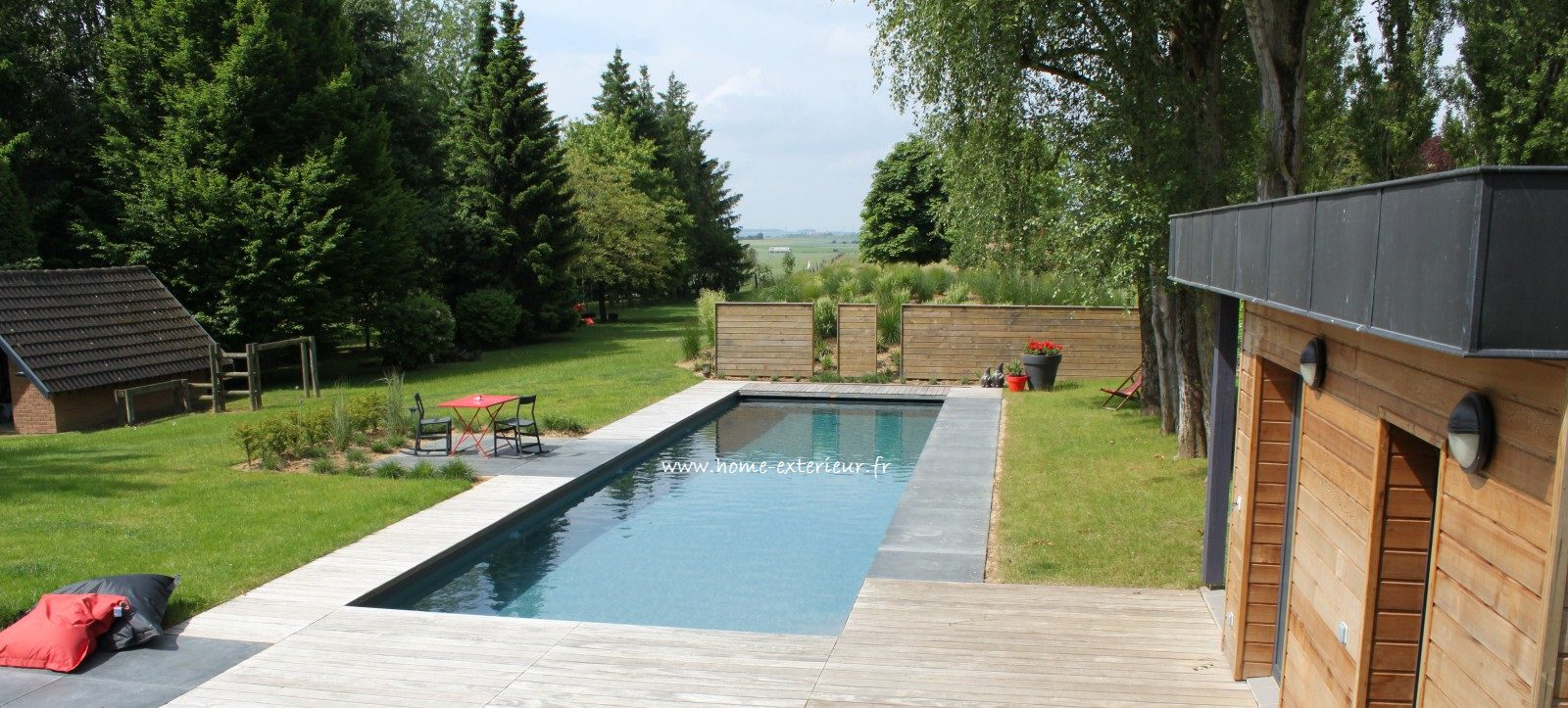 Architecte paysagiste terrasses jardins nord lille for Amenagement piscine exterieur